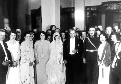 Atatürk ve Türk Kadınları